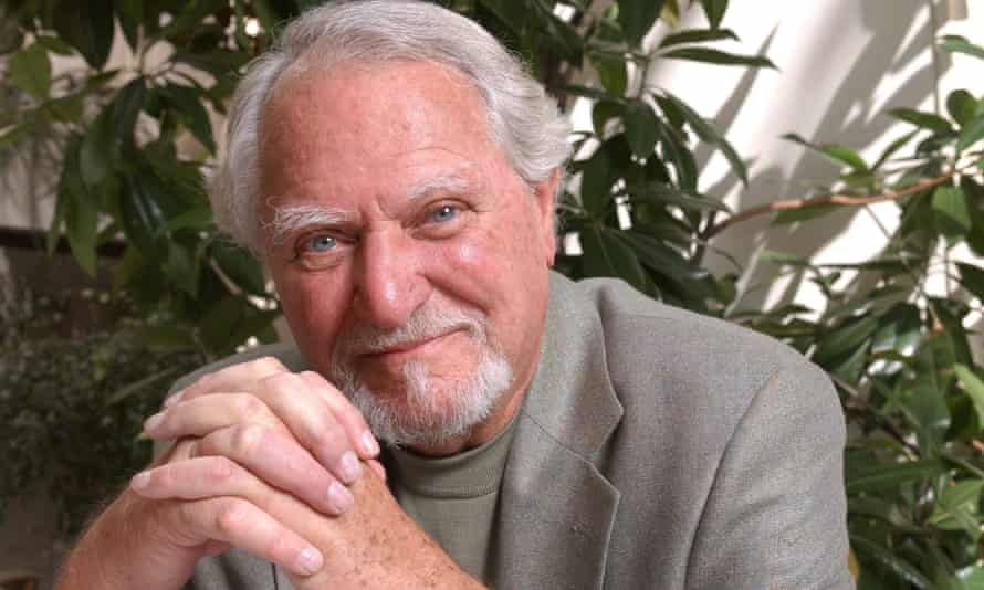 Clive Cussler in 2005. His love of the sea pervaded his writing and he led underwater missions to locate wrecks.
