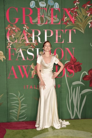 Jess Glynne in a Vivienne Westwood gown made of organic ahsima (peace) silk created by Cocoon in India, and certified by GOTS.