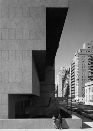 Whitney Museum. Marcel Breuer. New York, NY, 1966