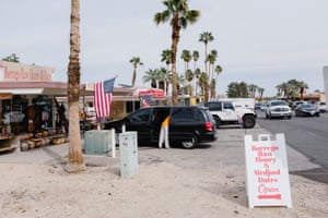 A busy street scene in downtown Borrego Springs, California.