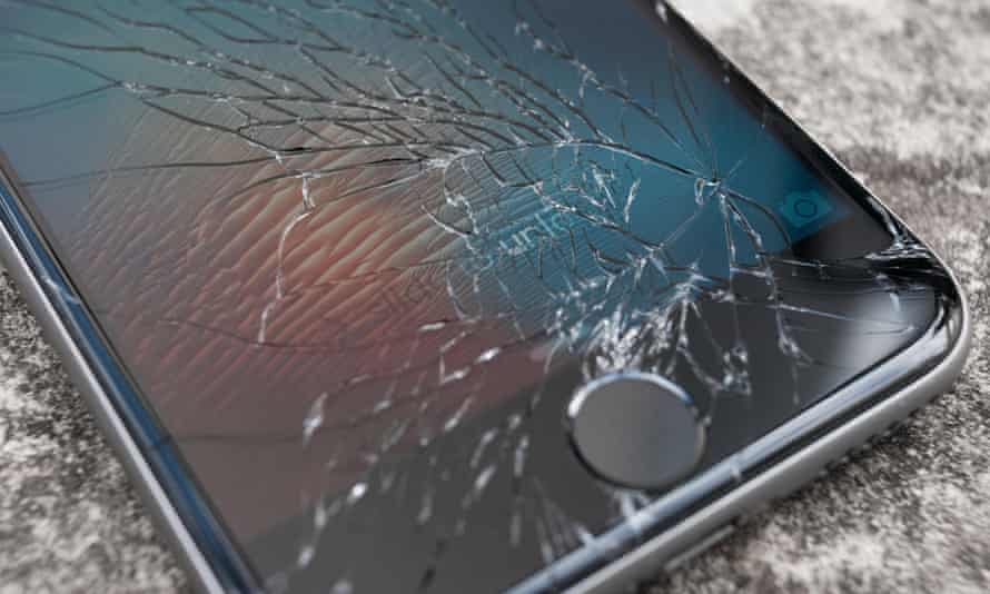 Beware any private sale that doesn't have a thorough description of the condition of the phone or show a picture of the screen.