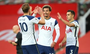 Harry Kane gets Tottenham's sixth goal from the penalty spot.
