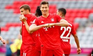 Robert Lewandowski celebrates his team's 5-0 win.