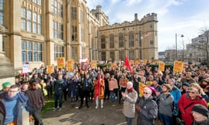 Lecturers strike at Bristol University on 22 February, supported by students.