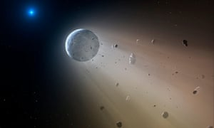 An artist's impression of an asteroid slowly disintegrating.