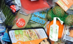 Supermarkets pledge to cut food waste 20% by 2025