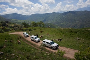 The convoy of the mobile clinic heads to Zelocotitlan village for the first time.