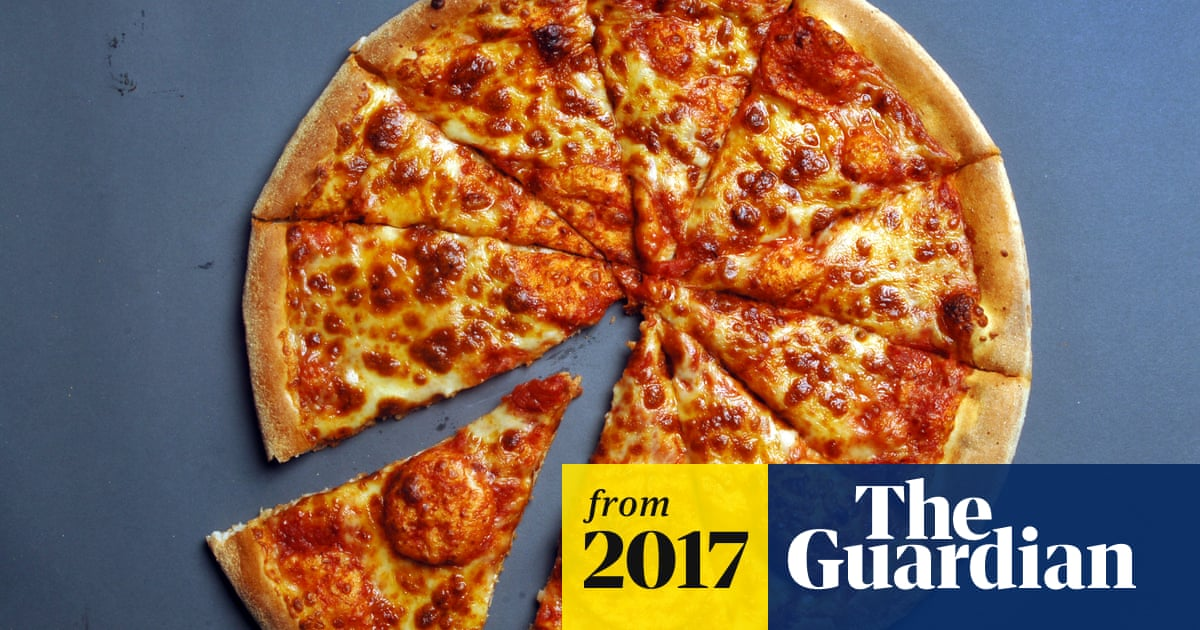 Domino S Feels The Heat As Pizza Hut Takes A Slice Out Of Sales