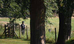 A police officer guards the perimeter of Chequers