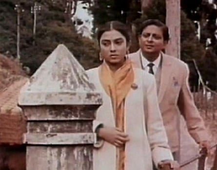 Self-absorbed upper classes … Satyajit Ray's Kanchenjungha.