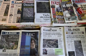 The front pages of various Spanish on the day after the crash
