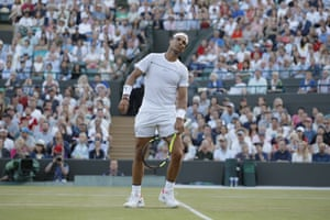 Rafael Nadal missed an opening in that thirtieth game of the fifth.