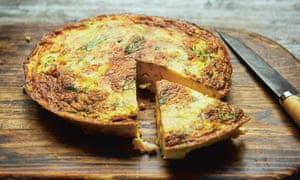Frittata with prawns and dill