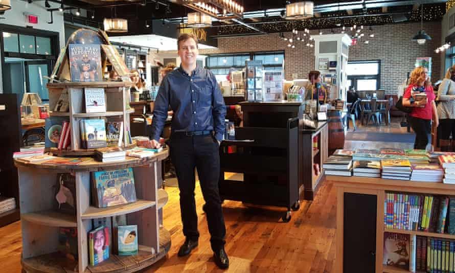 Jeff Kinney in bookshop