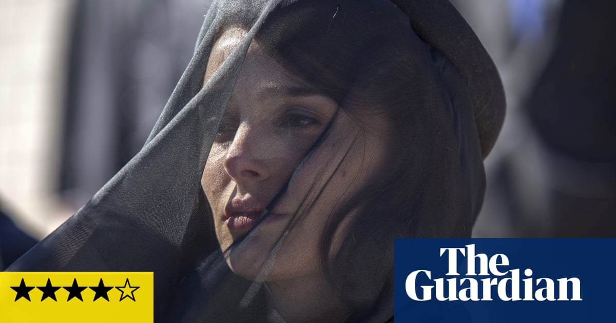 Jackie review – a symphony of grief at the White House | Film | The