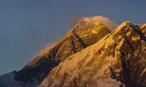 Sherpa film still Mount Everest