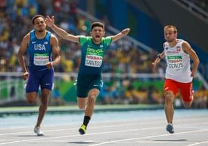 Brazil's Petrucio Ferreira dos Santos takes the gold medal in the men's 100m T47 final