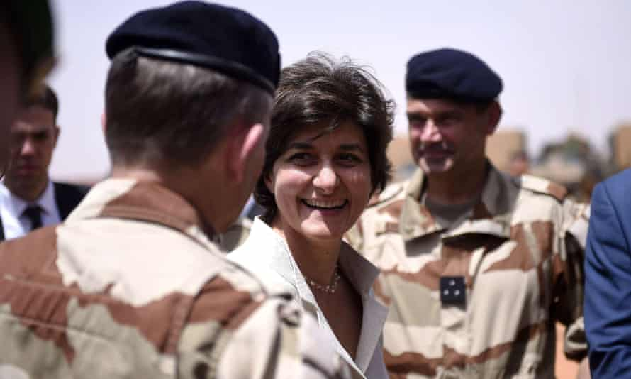 Sylvie Goulard meets French troops in northern Mali.