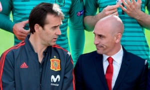 Julen Lopetegui (left) speaks to the federation president Luis Rubiales as they sit down for the World Cup squad's official photo on 5 June, exactly a week before the former was announced as Real Madrid's new manager.