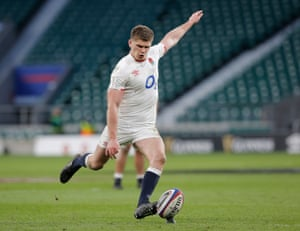 Owen Farrell of England kicks a penalty at goal.