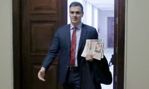 Socialist party leader Pedro Sánchez arrives at parliament in Madrid