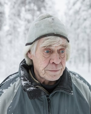 Retired biologist Timo Helle is campaigning against a new mine in an EU-protected nature reserve in Viiankiaapa.