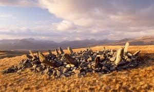 Bryn Cader Faner, bronze age round cairn