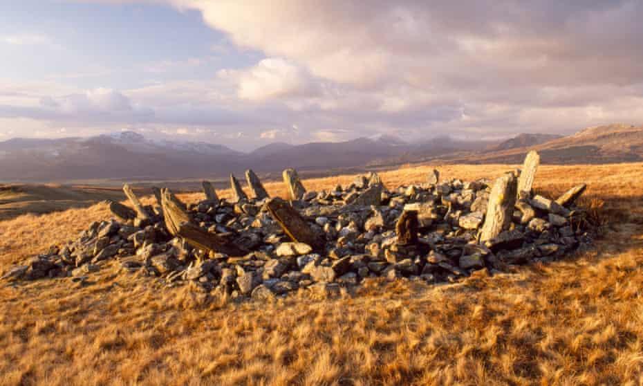 Bryn Cader bronze age cairn.