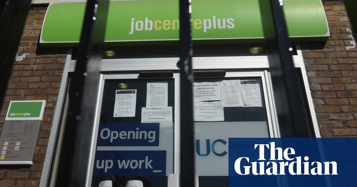 Cost of rolling out universal credit rises by £1.4bn, say auditors