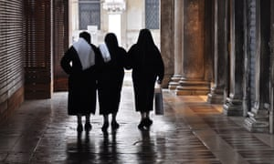 Dolores takes us through its protagonist's time at the convent