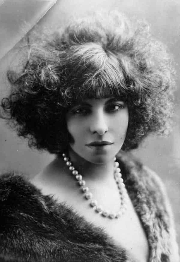 Émilie Marie Bouchaud, AKA Polaire