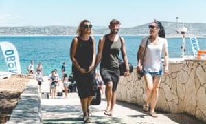 Festival goers arrive on Obonjan island