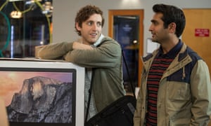 Thomas Middleditch as Richard and Kumail Nanjiani as Dinesh in Silicon Valley