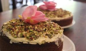 78 Cafe Bar: rose and pistachio cake