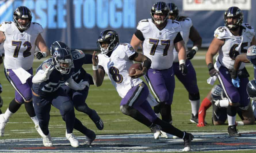 Lamar Jackson runs 48 yards for a TD against the Tennessee Titans in the first half