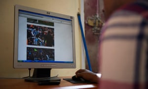 A Mogadishu resident at a cyber cafe.