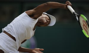 Venus Williams powerful serve was a key point in her taking the first set.
