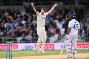 England bowler Ollie Robinson appeals for the wicket of KL Rahul which is given not out after review.
