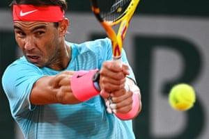 Rafael Nadal takes the first set 6-0.