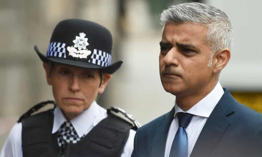 The Metropolitan police commissioner, Cressida Dick, and London's mayor, Sadiq Khan, have criticised middle-class cocaine users.