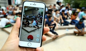 A person playing Pokémon Go in New York