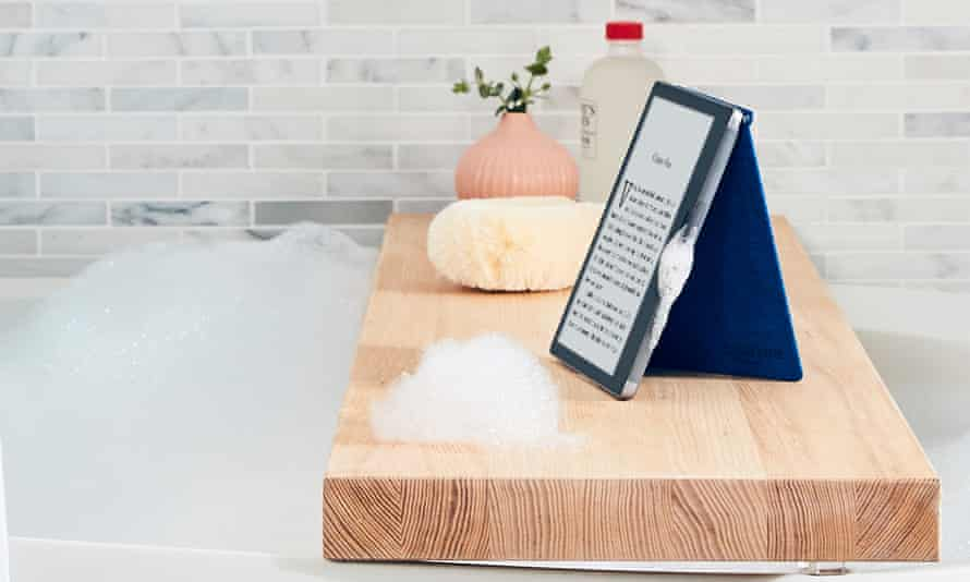 The Kindle Oasis will survive a dunk in the bath, a trip to the beach or the pouring rain, but it probably won't float.