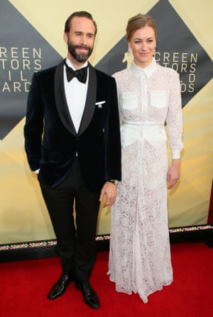 Joseph Fiennes and Yvonne Strahovski from the Handmaid's Tale