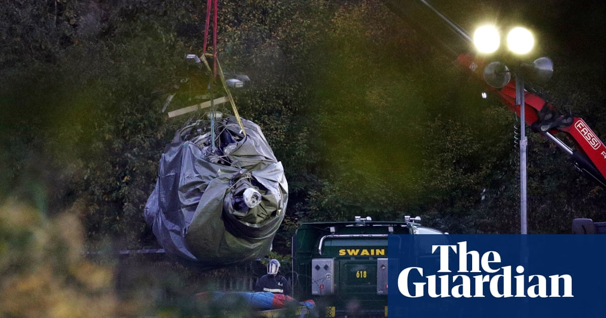 Leicester City crash helicopter 'tail rotor controls failed