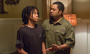 Fatherly advice … Michael Rainey Jr, left, and Ice Cube in Barbershop: The Next Cut.