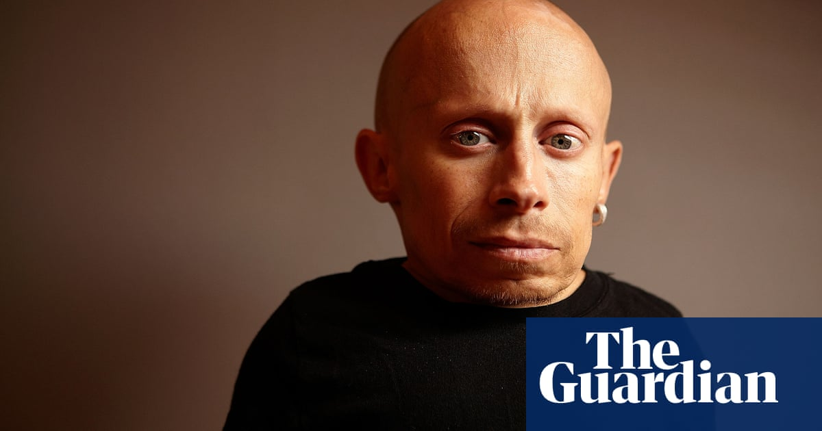 Verne Troyers Death Ruled As Suicide Film The Guardian