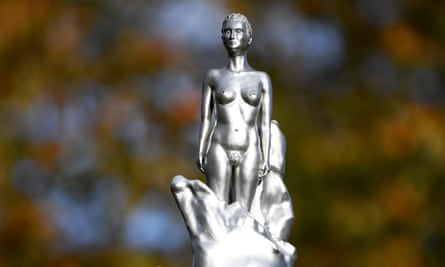 Maggi Hambling's statue to honour Mary Wollstonecraft in Newington Green, north London.