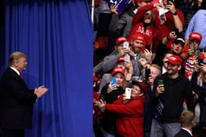 Donald Trump greets the crowd of supporters on 27 April 2019 in Green Bay, Wisconsin.