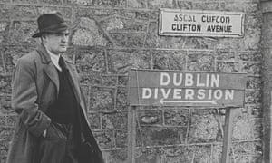 Flann O'Brien.
