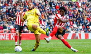 Josh Maja scores Sunderland's equaliser against Fleetwood in their League One match